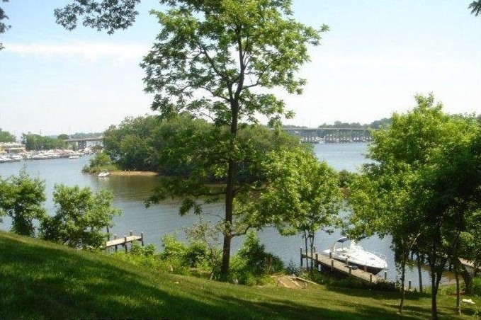 135 Island View Drive Annapolis MD 21401